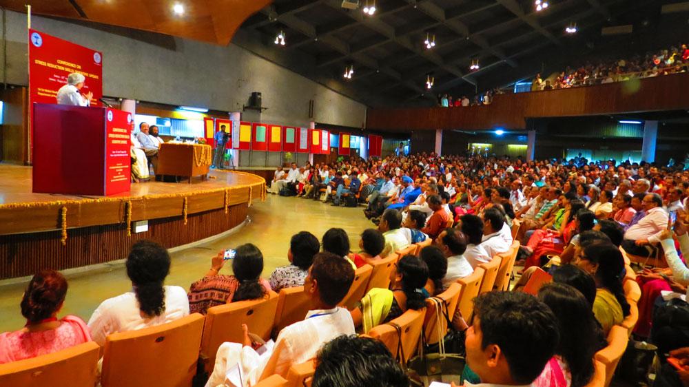 Sri Sri Ravi Shankar at Stress Reduction Skills conference Aug 2014