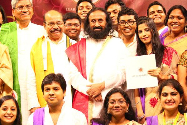 Sri Sri Ravi Shankar at Sri Sri University Inauguration with students