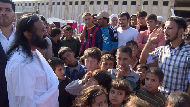 Sri Sri Ravi Shankar interacts with the displaced refugees in the camp near Erbil, Iraq