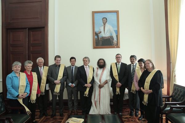 sri-sri-colombia-parliament-1