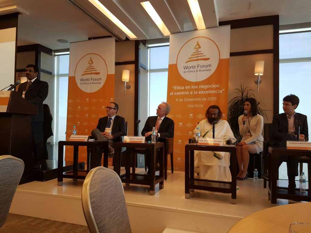 Gurudev being introduced at the World Forum for Ethics in Business, Mexico City