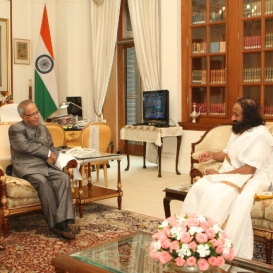 Sri Sri Meets with President of India